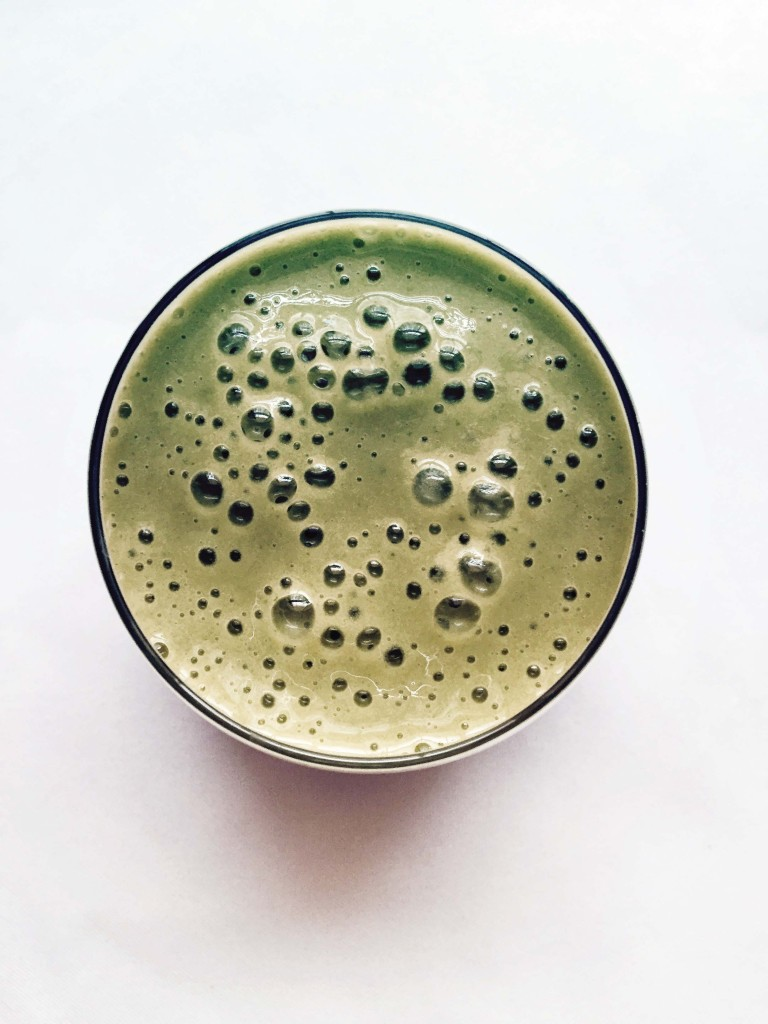 Delicious Probiotic Green Smoothie