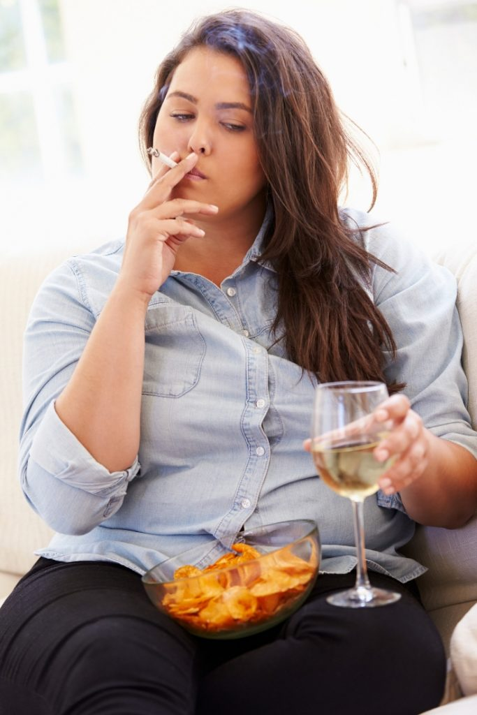 Woman eating, drinking and smoking not losing weight